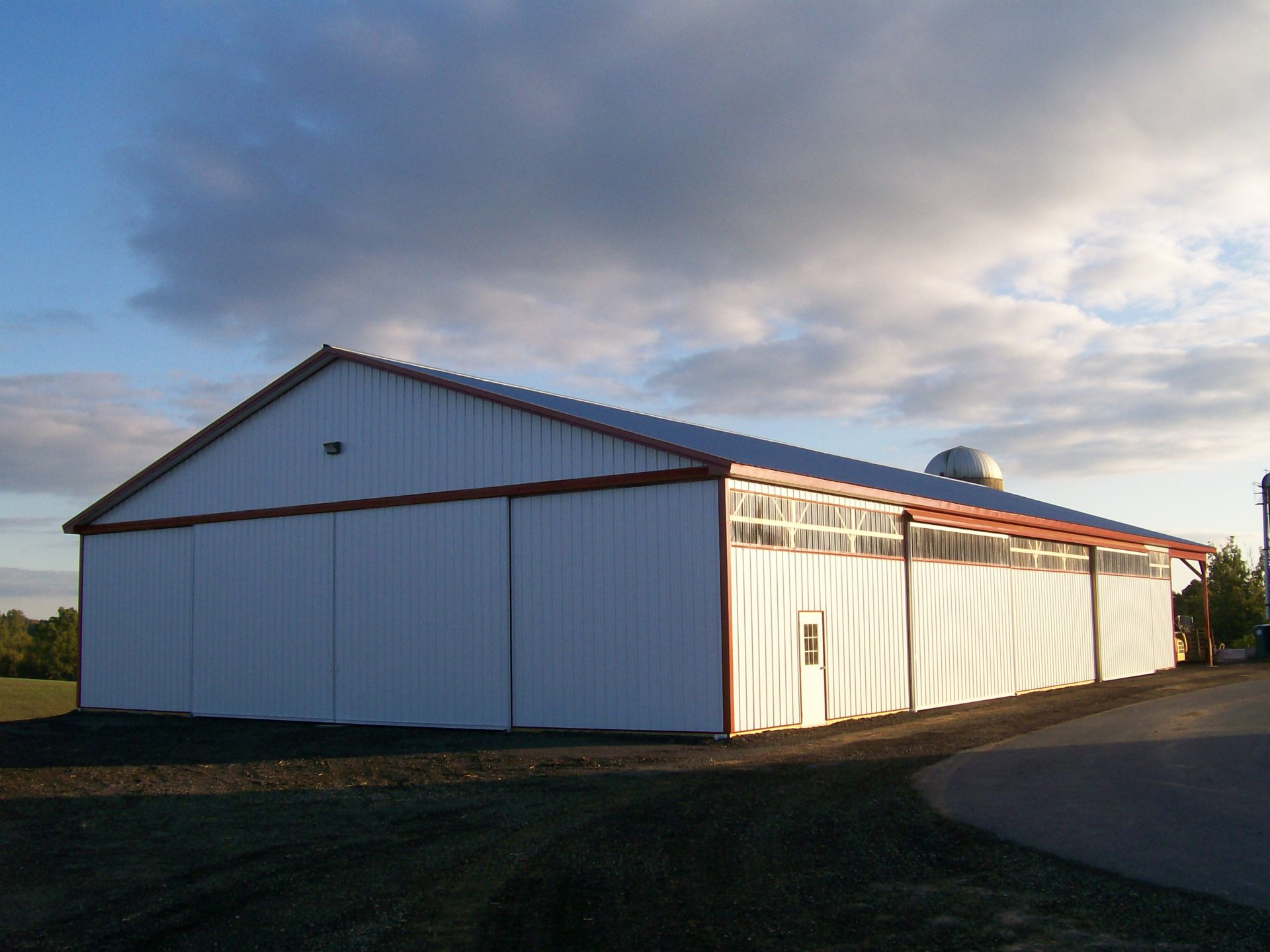 Custom equipment shed in ijamsville md sk construction for Equipment shed